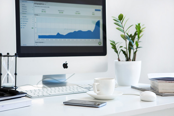 致力於最佳化網站,提高您的網站於搜索引擎中的排名